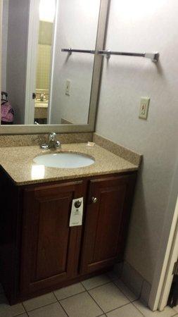 Holiday Inn Rosslyn @ Key Bridge: Room