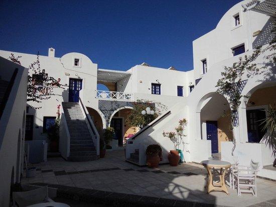 Kouros Village Hotel: Charmant und landestypisch