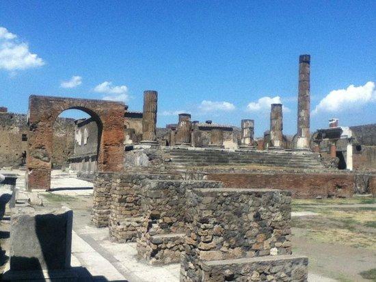 Pompeii Archaeological Park: view of pompeii