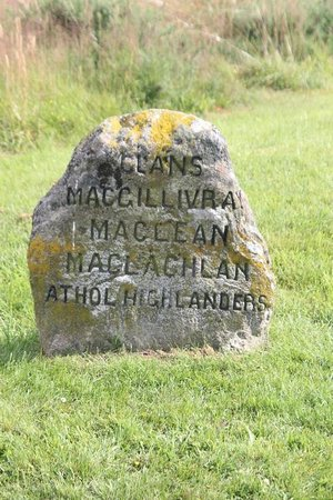 Culloden Battlefield: Markers of clans that fought during this battle