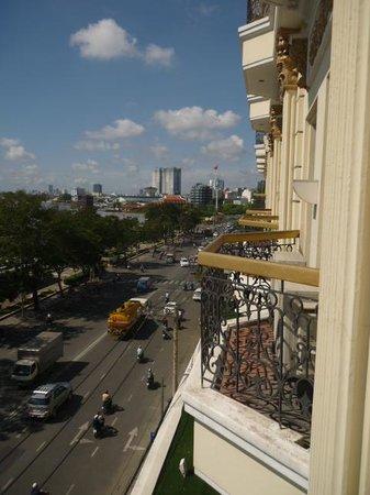 Hotel Majestic Saigon: view from balcony