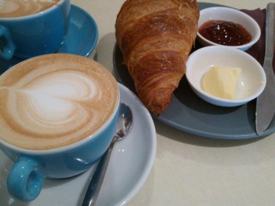 Photo of Cafe Coffee Bru at H Beukenplein 14, Amsterdam 1091 KG, Netherlands