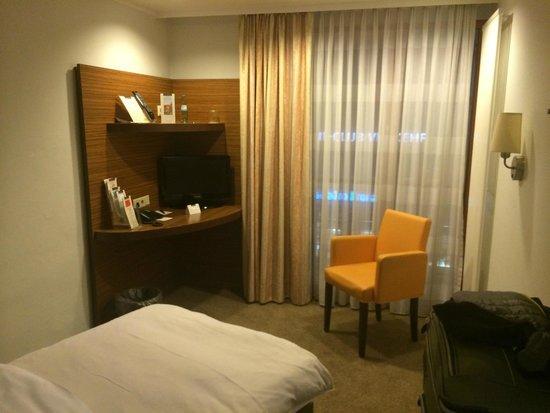 Günnewig Kommerz Hotel: Room