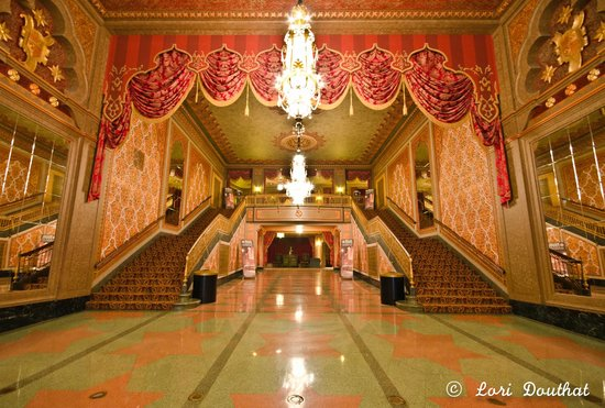 Tennessee Theatre: Main Entrance