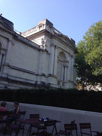 Tate Britain : Great cream tea