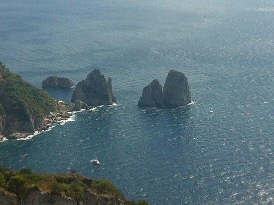 Alle Ginestre Capri Bed & Breakfast: ..dopo la seggiovia��