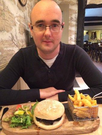 The Fox Inn: Pork burger