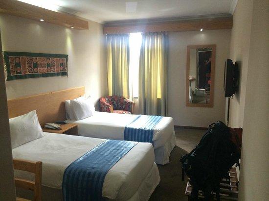 Bronte Hotel: テレビもあり