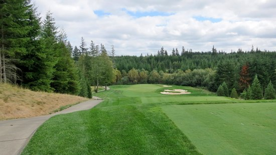 Little Creek Casino Resort: Par 3  Salish Cliffs