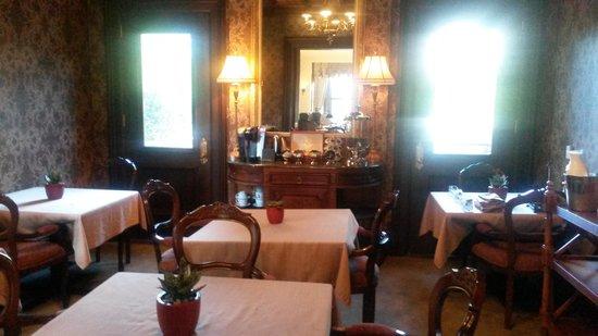 Wheeler Mansion: eating area
