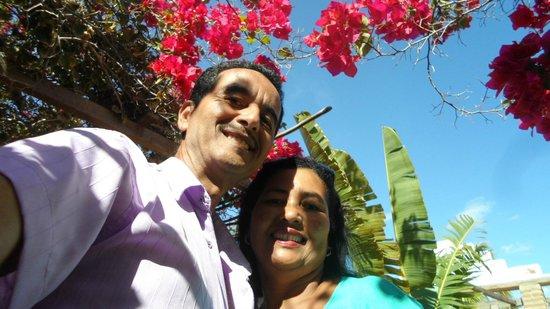 Pousada Morada do Sol: Jardim florido da pousada