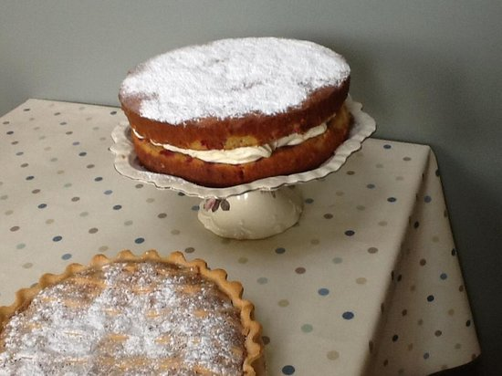 Bide A While - Country Tea Room: Raspberry &white chocolate cake and Bakewell tart
