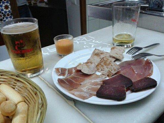 Bar Los Hermanos: Surtido de atún