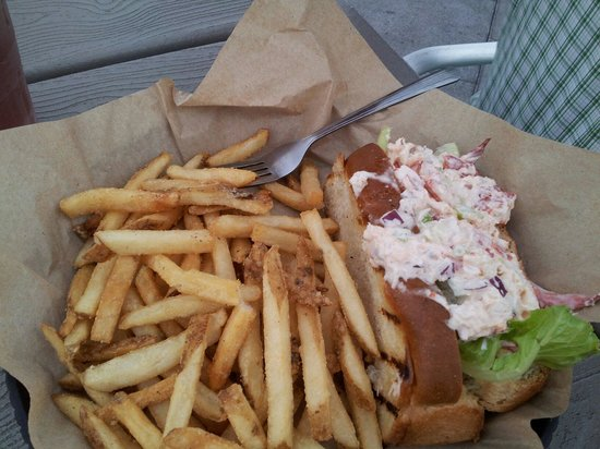 The Roof: Lobster roll