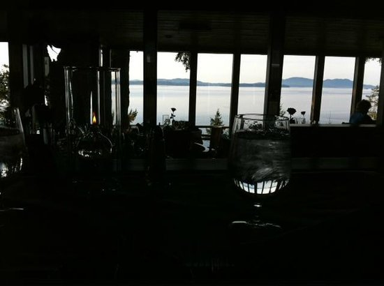 Oyster Bar on Chuckanut Drive: view from upper table