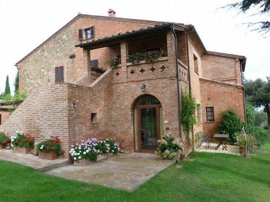 Agriturismo Villa Mazzi: L'ingresso di uno degli appartamenti.