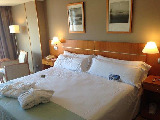 Tryp San Sebastian Orly Hotel: oda