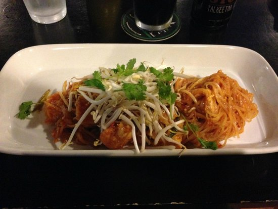Woody's Thai Kitchen: Pad Thai