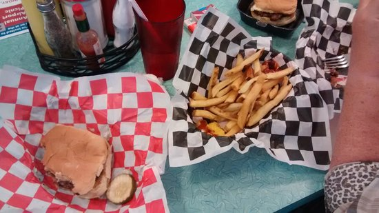 DJ's Taste of the 50's: My Hamburger and Fries