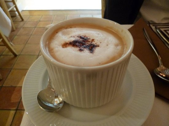 Hotel Le Clos Medicis: 朝食のショコラ