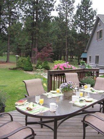 Ida-Home B&B: Where we ate breakfast