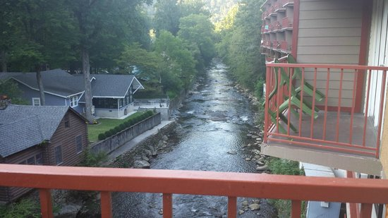 Baymont Inn & Suites Gatlinburg On The River: view from our balcony