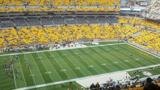 Heinz Field: Baltimore ... about an hour before start