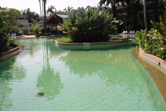 Felix River Kwai Resort - Kanchanaburi : Pool