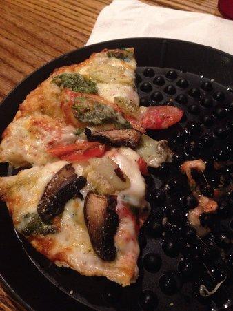 """Brick Oven Pizza Co: """"The favorite"""""""