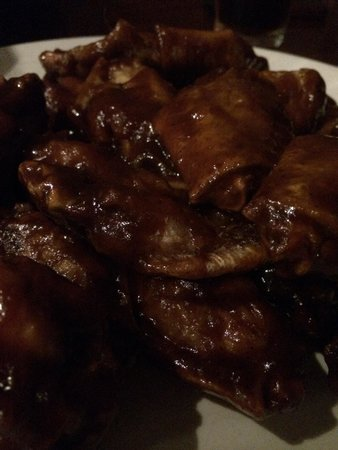 Century Grill: Buffalo chicken wings