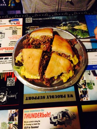 The Meers Store And Restaurant: Seismic burger