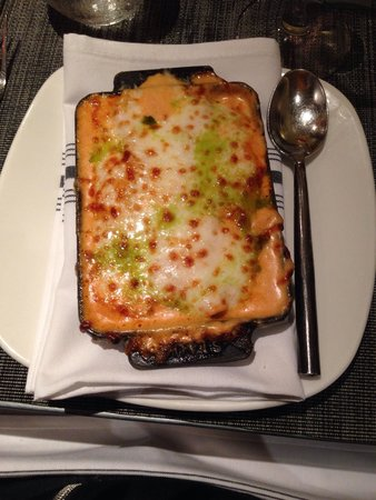 Baci Cafe & Wine Bar : Pasta stuffed with crab, covered with lobster sauce and baked in the oven with a topping of chee