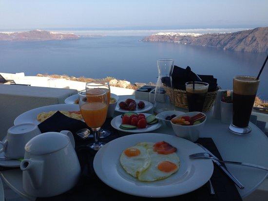 Avaton Resort : Complimentary breakfast on the balcony