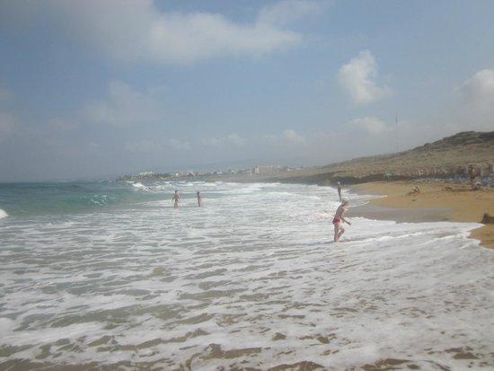 Helios Bay Hotel: Пляж