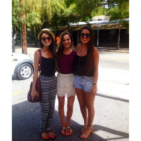 Perricone's Marketplace & Cafe : Outside Perricone's with the girls