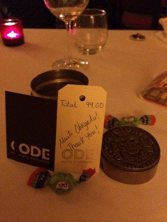 Ode Porto Wine House: 手書きのレシート(裏が明細)