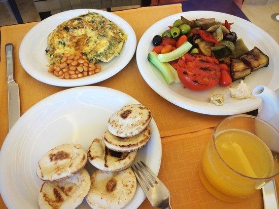 Kempinski Hotel Aqaba Red Sea: Breakfast