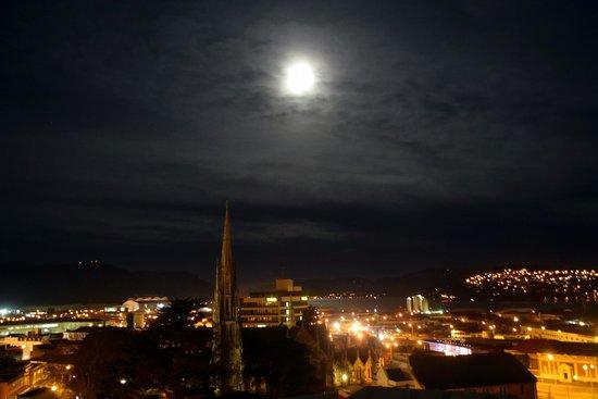 Scenic Hotel Dunedin City : Night View from 7th Floor