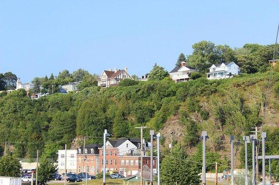 Quebec - Levis Ferry : Views of Lévis