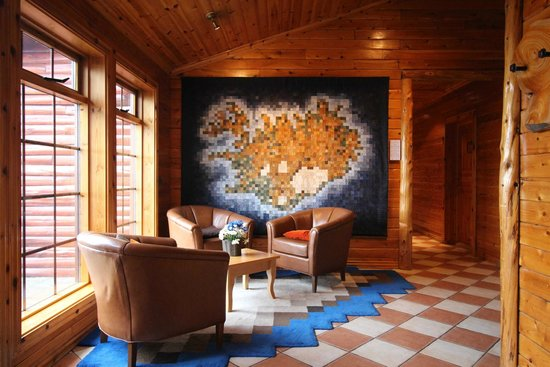 Hotel Ranga: Lobby, with embroidered map of Iceland