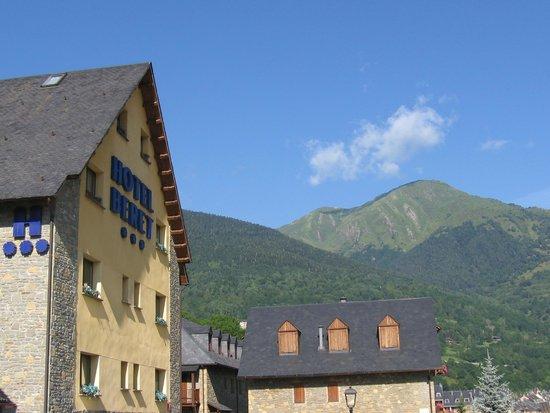 NubaHotel Vielha: Hotel Vita Beret. Al lado está el Vielha Beret donde nos alojamos