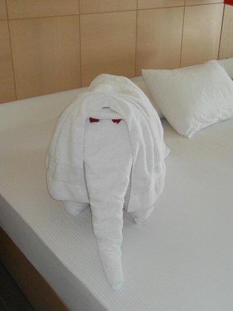 Almyrida Residence: Towel Art - Elephant