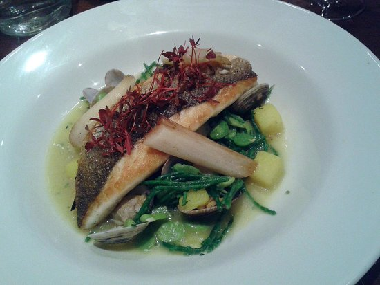 The Townhouse: pan fried sea bass