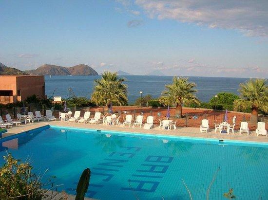 Baia Fenicia Residence: piscina