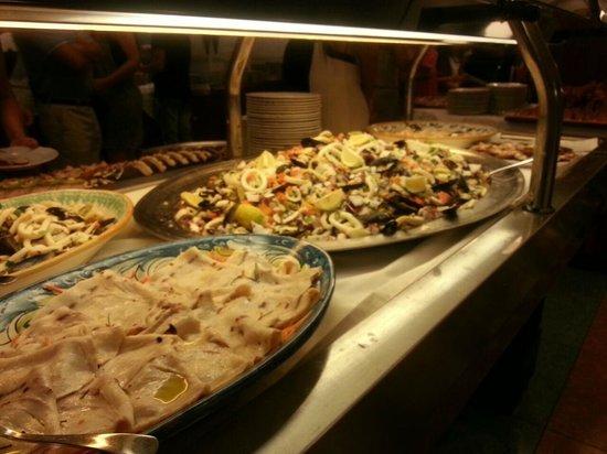 Hotel Caesar Palace: buffet ferragosto