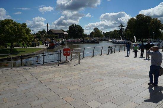 Stratford-upon-Avon Canal: Canal @Stratford Upon Avon