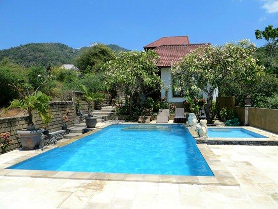 Barong Cafe Bungalow And Restaurant Ranch Reviews Amed Bali