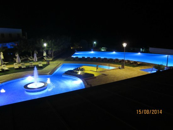 Cretan Dream Royal: Night view from our balcony