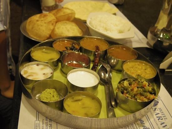 Saravana Bhavan: meals