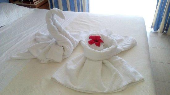 Cretan Dream Royal: Surprise from cleaner